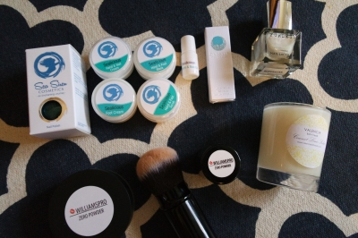 Sealicious Nail Polish, Sealicious Hand & Foot Scrub, Sealicious Hand & Foot Mask, Sealicious Hand & Nail Cream, Sealicious Foot Cream, Sealicious Cuticle Oil, Oneself Luxury Organic Perfume Oil, Furless Nailpolish, Valencia Bath Treats Candle, Williams Pro Zero Powder and Kabuki Brush